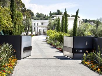 r alisations architecture c te d 39 azur r house design. Black Bedroom Furniture Sets. Home Design Ideas